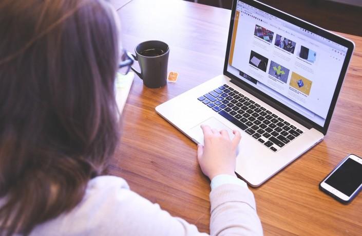 sprzedaż szkoleń w internecie