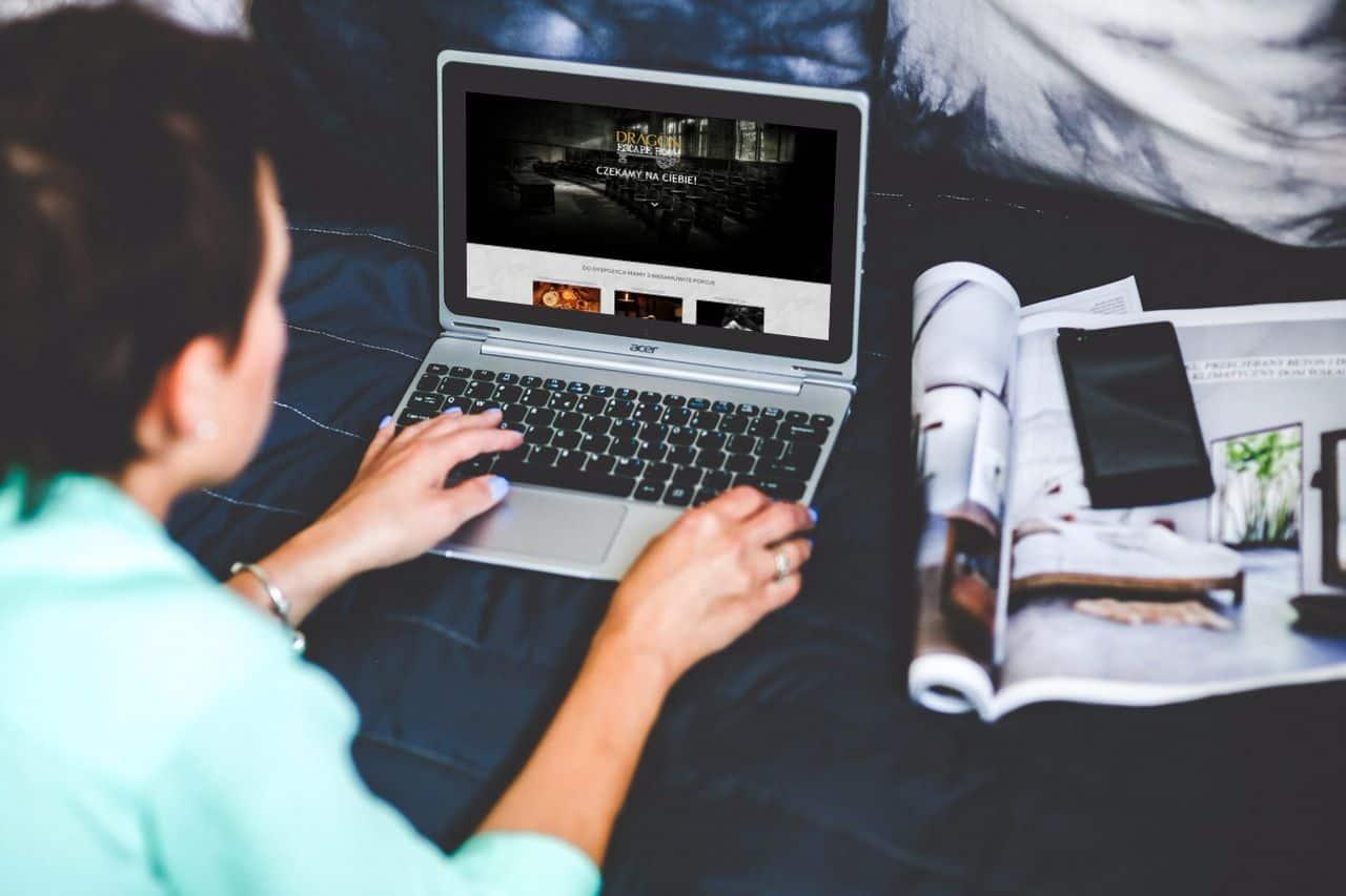 Zdjęcie przedstawia projekt strony internetowej dla Escape room