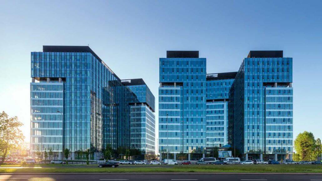 siedziba-etravel-1030x579 eTravel S.A. szkoli na platformie Spoti blisko 400 pracowników